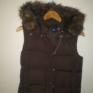 Gap Women's Puffer Vest Chocolate Brown Faux Fur